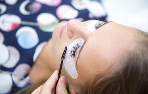 Make Up & Aplicare extensii gene