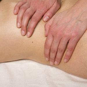 masaj-abdominal centrul fericirii